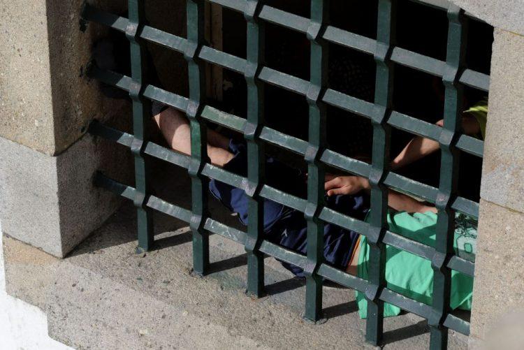 Pelo menos 15 presos voltaram à cadeia atacada pela Renamo - Governo moçambicano