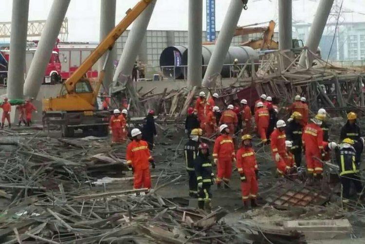 Famílias de 74 trabalhadores mortos em obra na China vão receber indemnizações