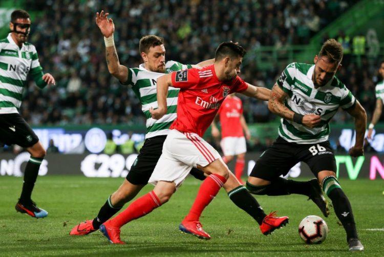 1a3ad3076 Benfica vence Sporting e fica em vantagem nas meias-finais da Taça  vídeos