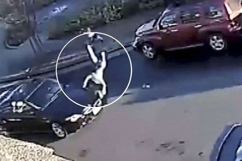 Criança vítima de atropelamento e fuga sobrevive por milagre [vídeo]