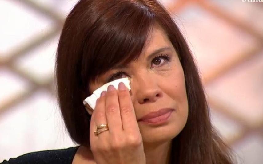 Gisela Serrano em lágrimas ao reviver morte dos avós