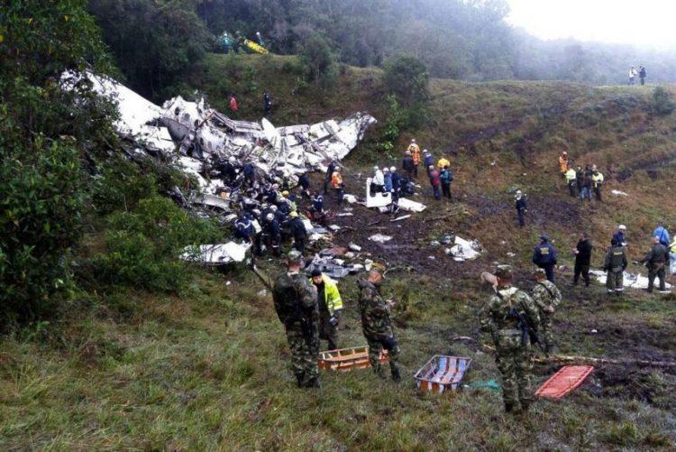 Autoridades confirmam que avião da Chapecoense não tinha combustível no momento do impacto