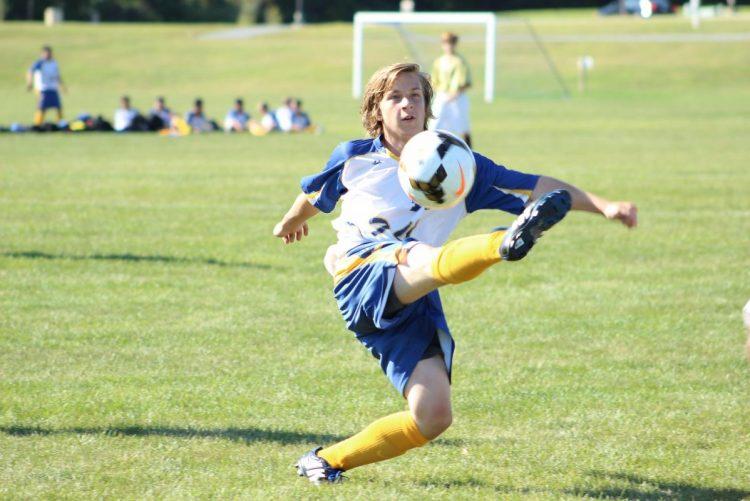 Estudo revela: Crianças devem fazer exames médicos antes de praticar desporto