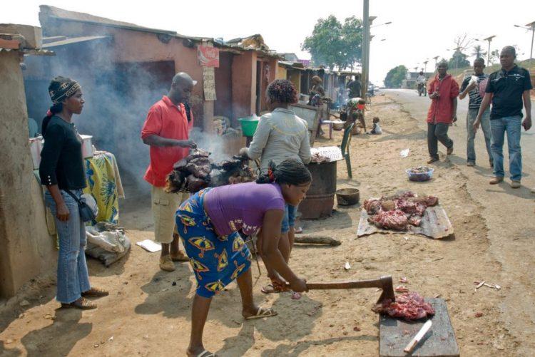 Identificados17 edifícios em risco de desmoronamento numa província angolana