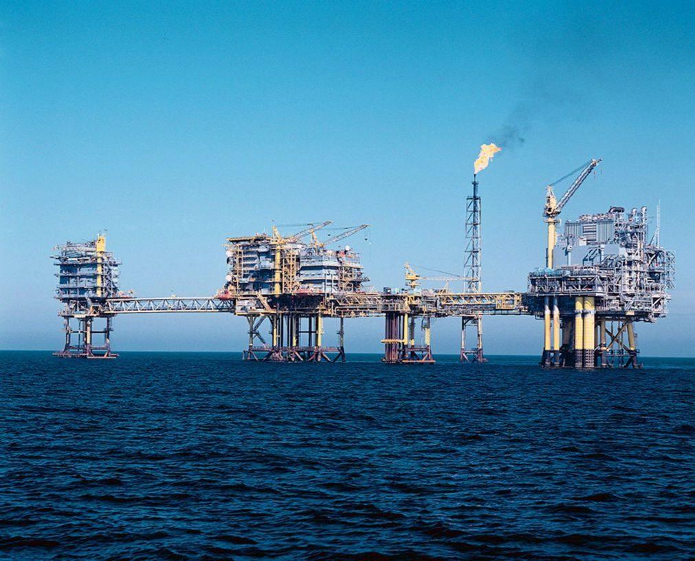 Angola deixa de usar petróleo como garantia para novos financiamentos