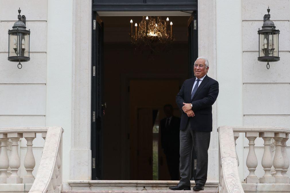 Costa abre residência ao público com concerto de Zambujo e poemas de Sophia no 25 de abril