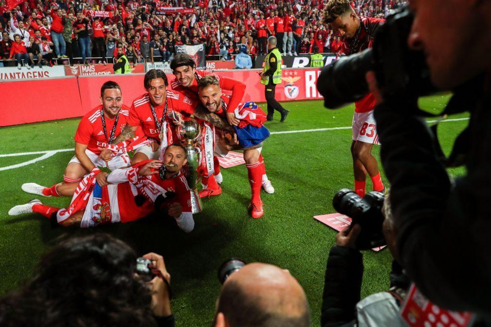 Sete campeões nacionais no onze ideal da UEFA para Portugal