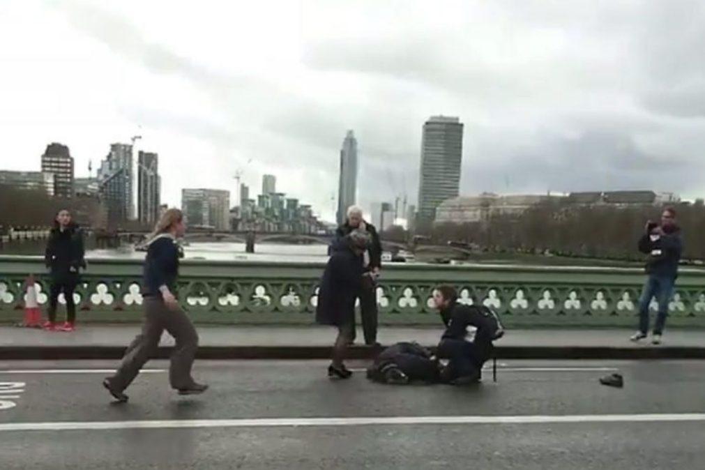 Londres: Vários feridos e pelo menos um morto em atropelamento na ponte de Wesminster