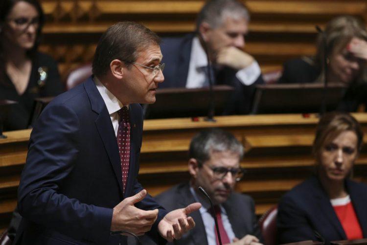 PSD abre hoje último debate quinzenal com o primeiro-ministro de 2016