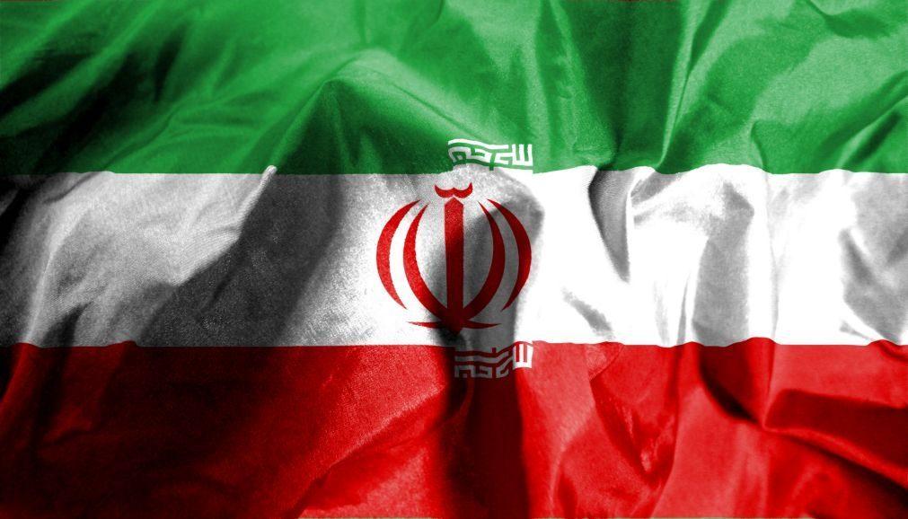 Alegados espiões da CIA condenados à morte no Irão. Tensão aumenta