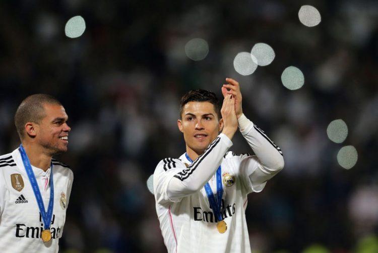 Cristiano Ronaldo e Pepe entre os 55 nomeados para o 'onze' mundial do ano