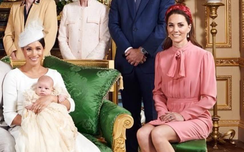 Kate Middleton usa vestido com mais de 8 anos para o batizado de Archie