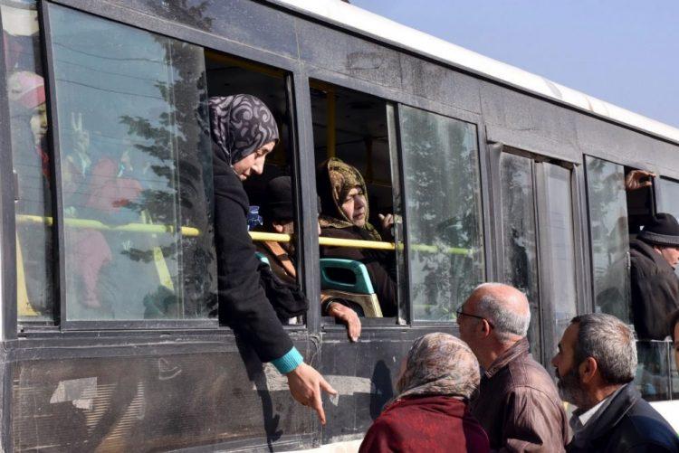Síria: Mais de 4.000 rebeldes retirados de Alepo nas últimas horas - Cruz Vermelha