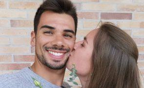 """Miguel Oliveira sobre a noiva: """"A coisa de irmão jamais iria pegar na nossa vida"""""""