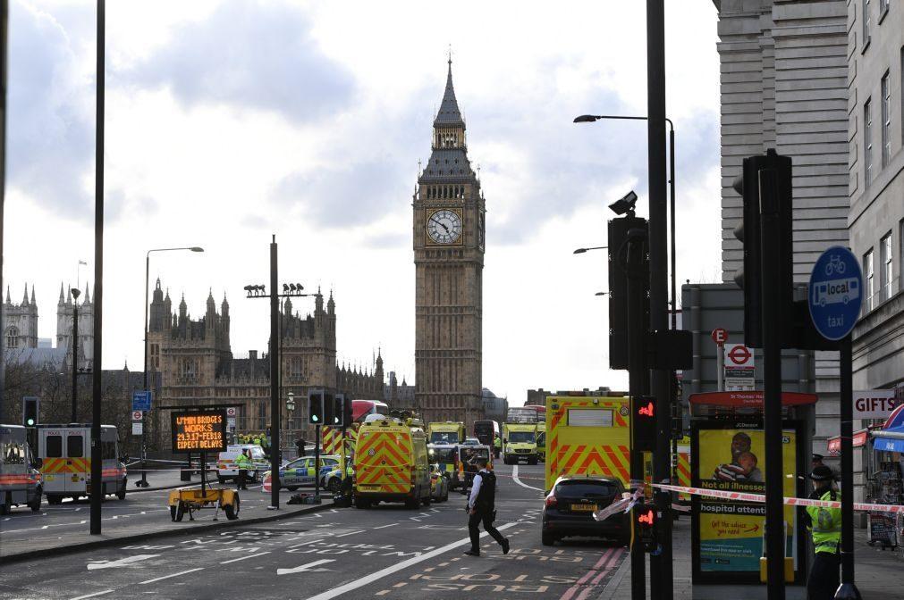 Atentado em Londres: Polícia diz não ter encontrado ligações entre autor e grupos 'jihadistas'