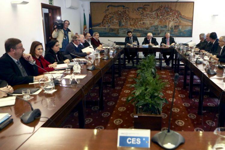Salário mínimo sobe para 557 euros e TSU desce 1,25 pontos percentuais
