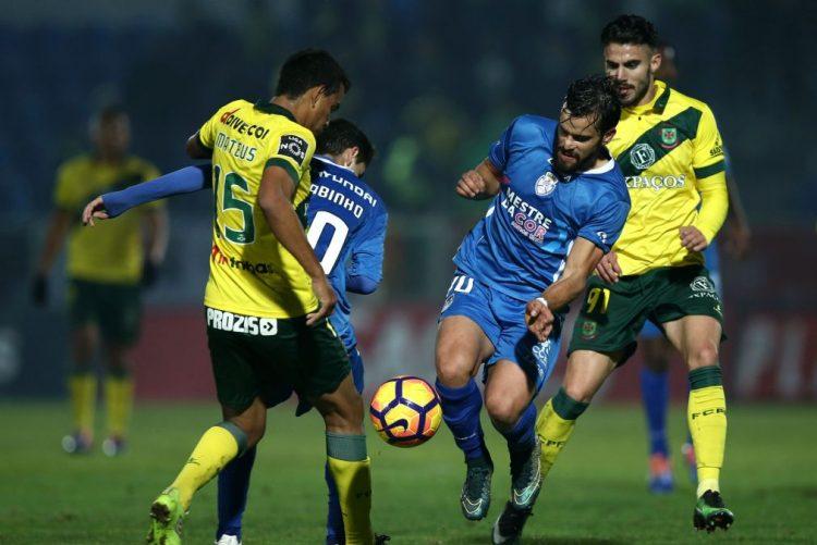 Feirense vence Paços de Ferreira e sai da zona de descida na I Liga