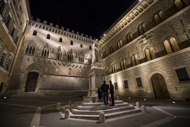 Banco Monte dei Paschi di Siena falha aumento capital e Governo italiano deve reunir-se para decidir intervenção
