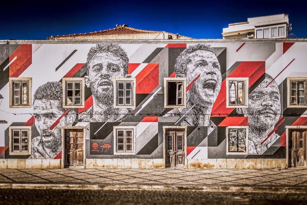 O Futebol e a emigração portuguesa | Por Daniel Bastos