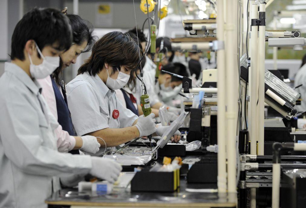 Japão vai limitar horas extra para evitar mais mortes por trabalho excessivo
