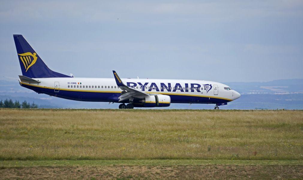 Sindicato acusa Ryanair de substituir grevistas por trabalhadores de bases estrangeiras