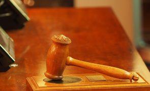 Oficiais de justiça acusam Ministério de desprezar a lei