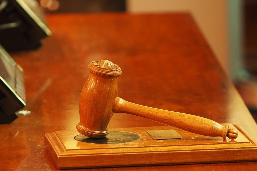 Mulher «teme pela vida» após Tribunal retirar pulseira eletrónica a alegado agressor