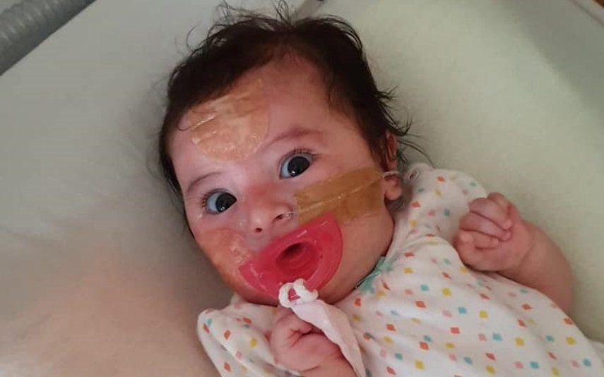 Bebé Matilde está mais «mexida, mas também mais refilona»