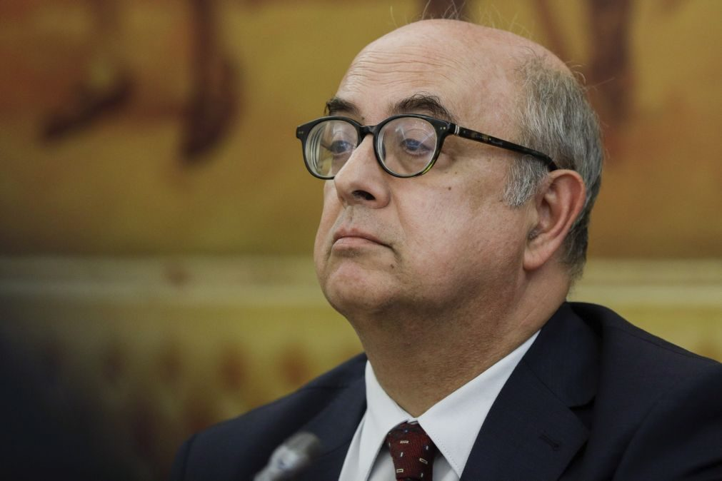 Ex-ministro Azeredo Lopes reage a acusação do MP no caso Tancos