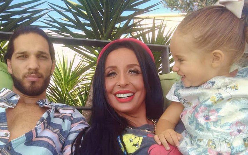 Juliana Dias Filha da ex-concorrente da Casa Dos Segredos tem apenas 1 ano, mas deixa todos derretidos