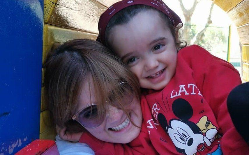 Carolina Deslandes Mostra «o primeiro abraço que é muito mais que isso» do filho Santiago