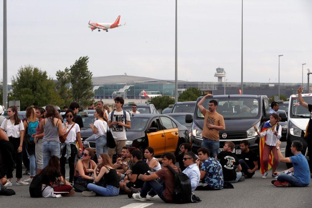 Resultado de imagem para Catalunha: Mossos d'Esquadra pedem apoio à polícia nacional para proteger aeroporto