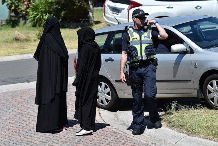 Polícia australiana detém sete suspeitos de planearem ataques em Melbourne
