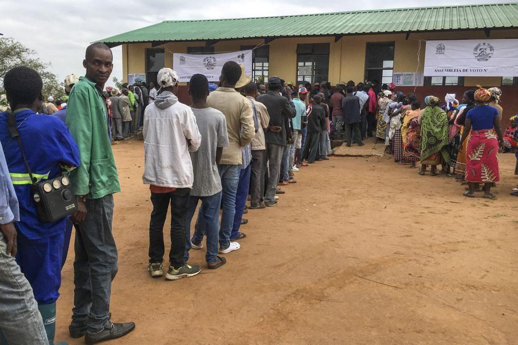 Moçambique/Eleições: Eunícia mal conseguiu dormir só de pensar que era dia de votar