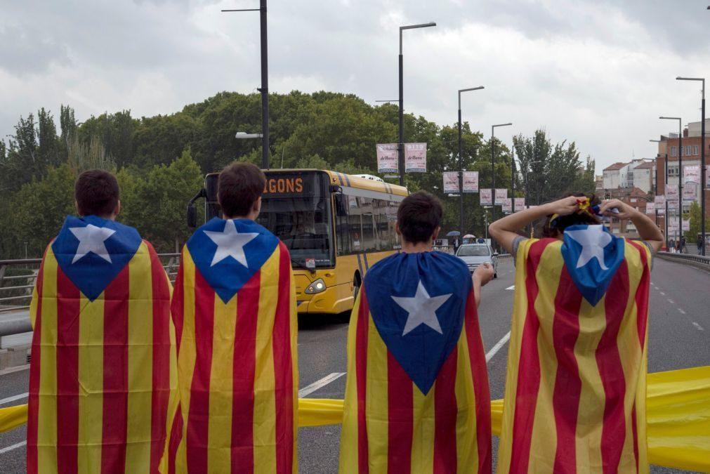 Protestos independentistas na Catalunha de segunda-feira fizeram 131 feridos