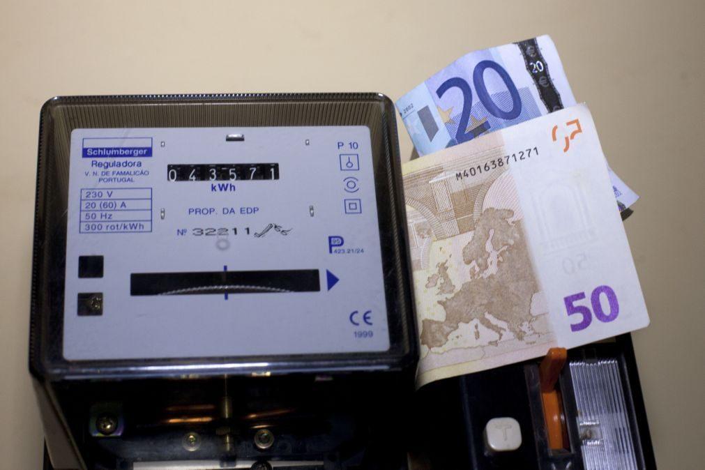 Preço da eletricidade deverá descer 0,4% para as famílias em 2020