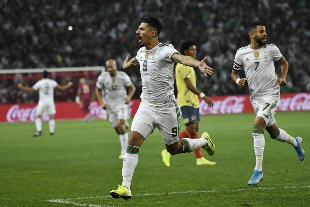 Argélia inflige derrota de 3-0 à Colômbia de Carlos Queiroz