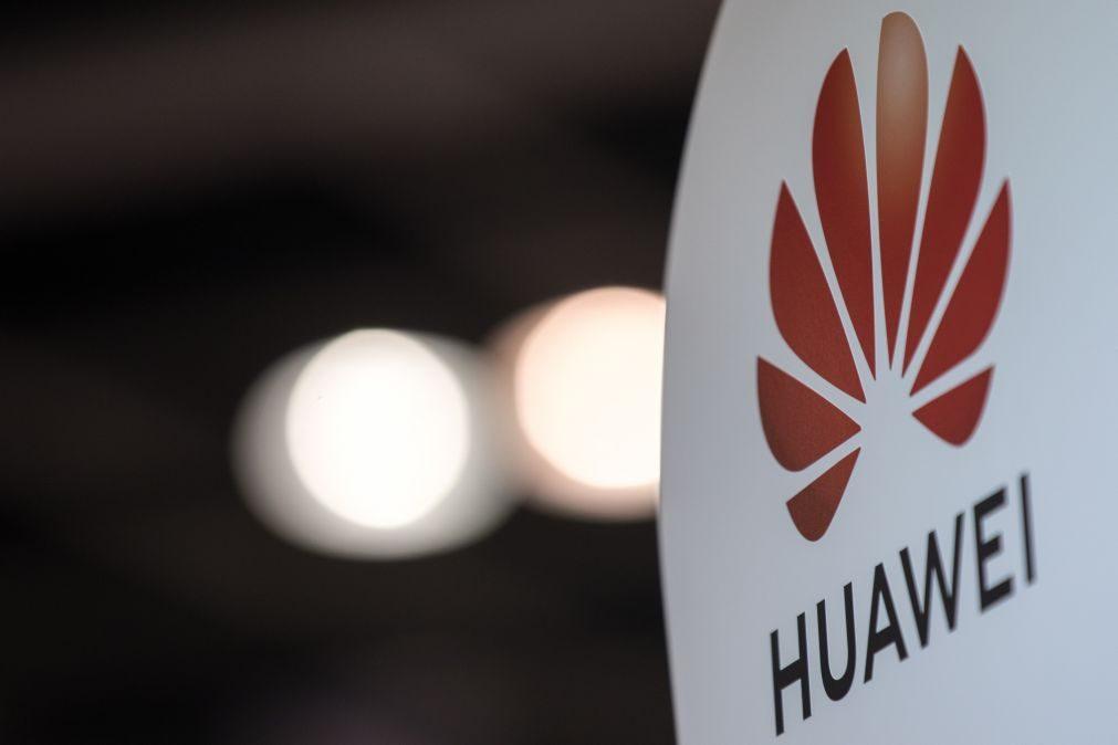 5G: Huawei nega ter