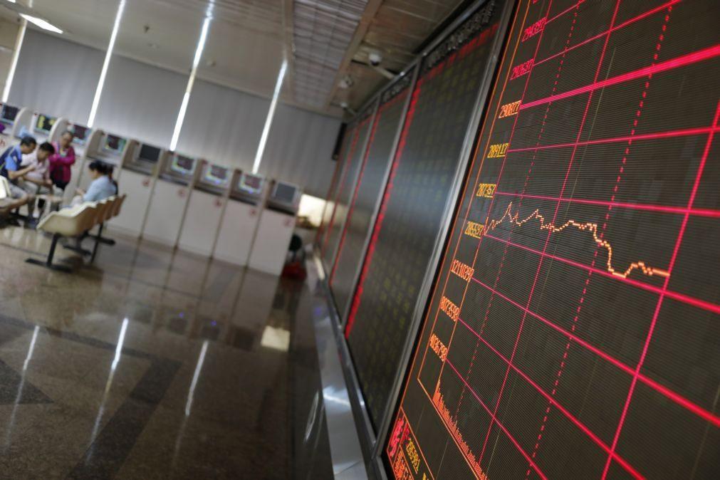 Bolsa de Xangai abre com ligeira subida de 0,04%