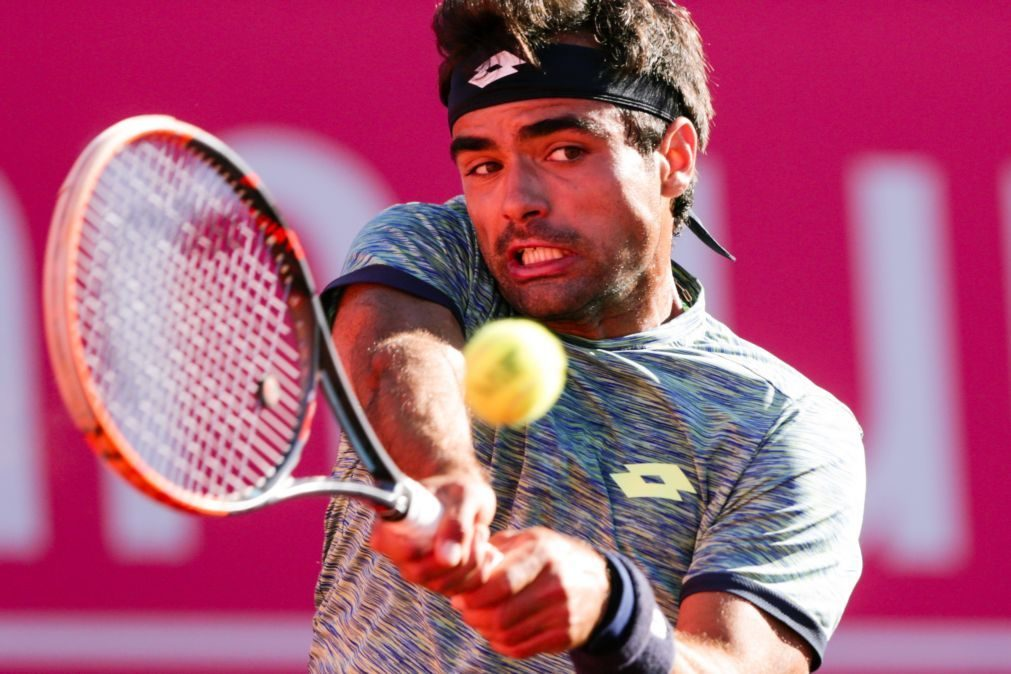 Tenista Frederico Silva nos quartos de final do 'challenger' de Ningbo