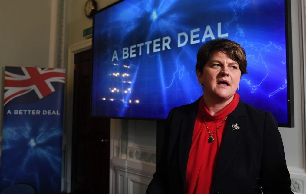 Brexit: Unionistas da Irlanda do Norte mantêm oposição ao acordo