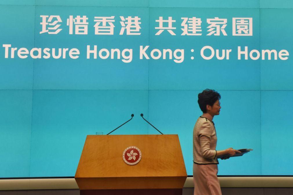 Hong Kong: Carrie Lam impedida de intervir no Parlamento pelo segundo dia consecutivo