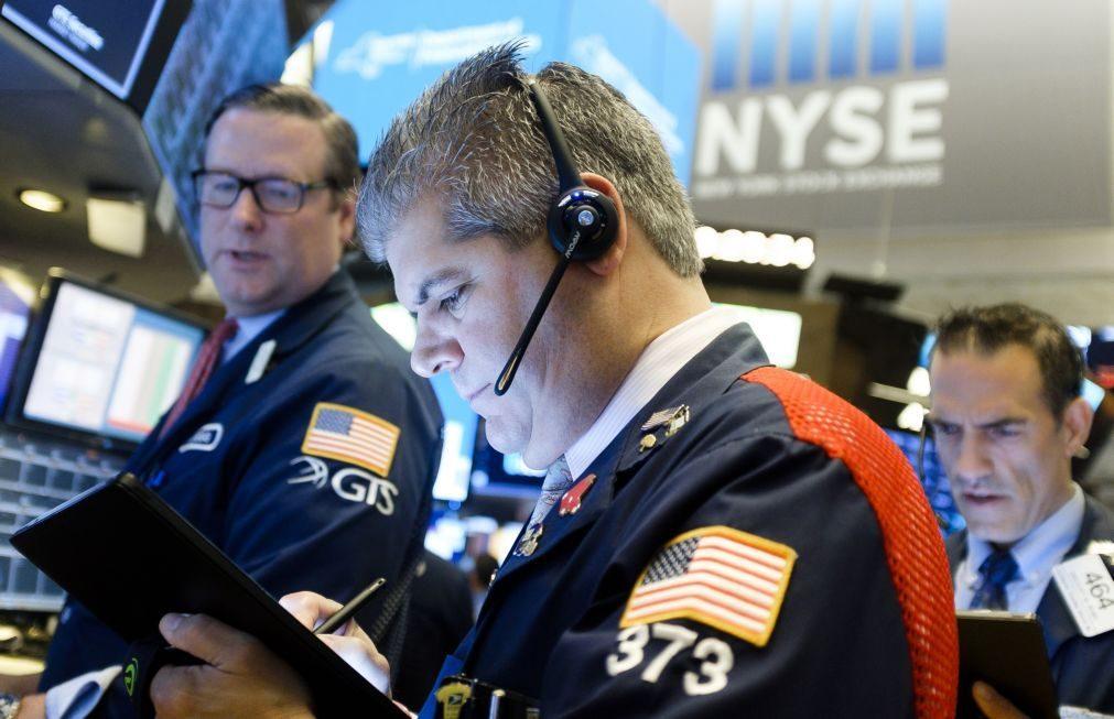 Wall Street fecha em alta graças a resultados de empresas e acordo sobre Brexit