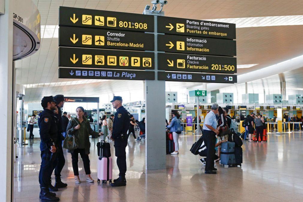 55 voos cancelados no aeroporto de Barcelona