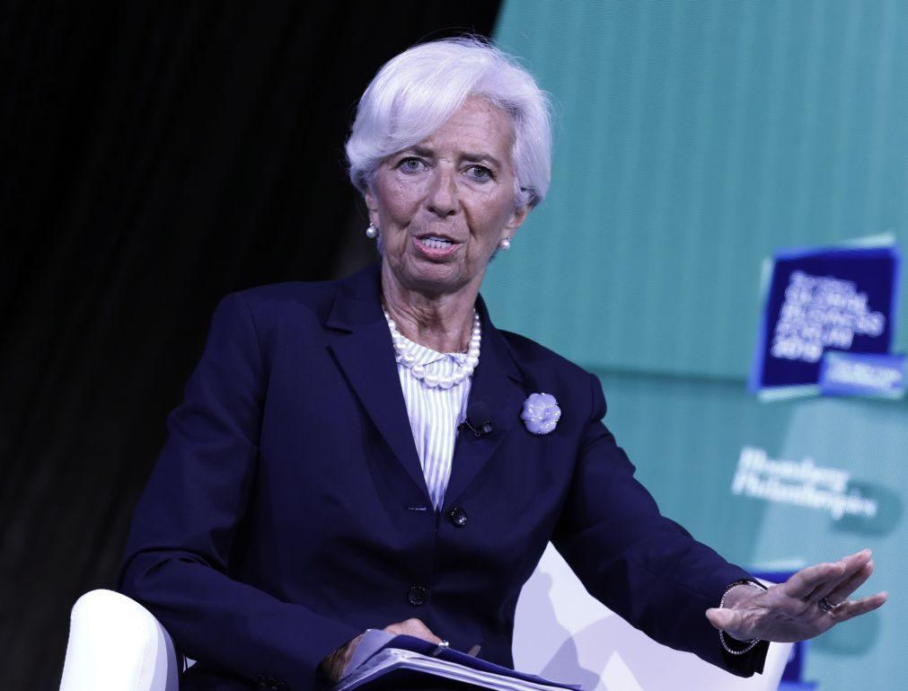 Líderes da UE formalizam nomeação de Lagarde na presidência do BCE