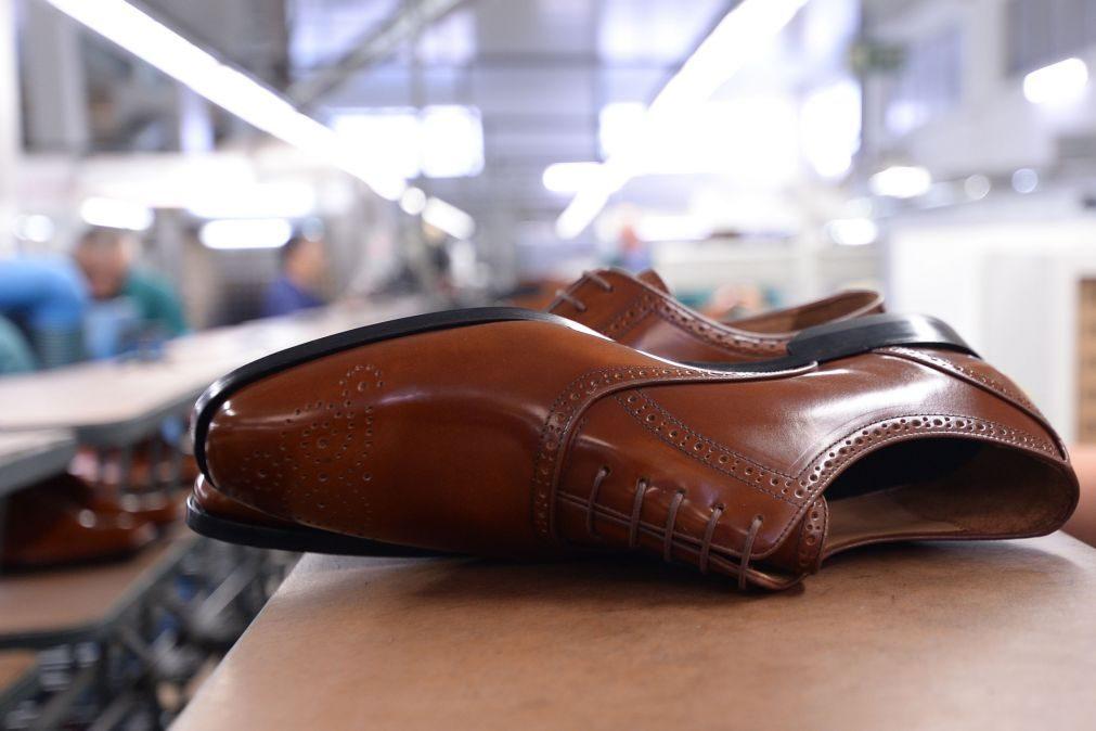 Comissão Europeia lança programa para atrair jovens para setores têxtil e calçado