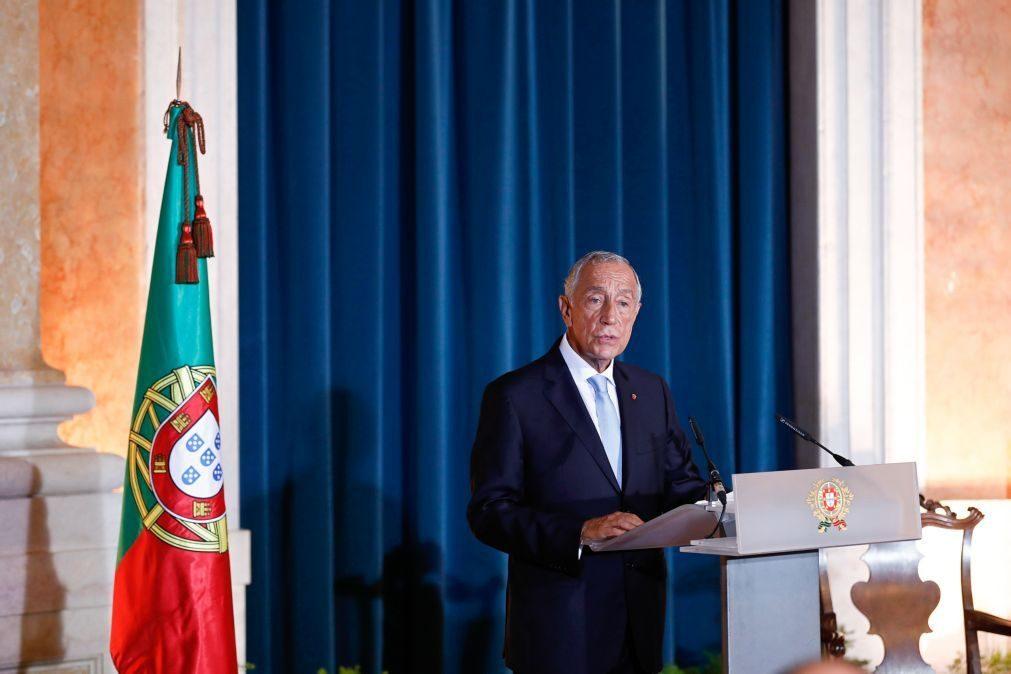 Resultado de imagem para Marcelo alerta Costa que expectativas dos portugueses são superiores e que os recursos são poucos
