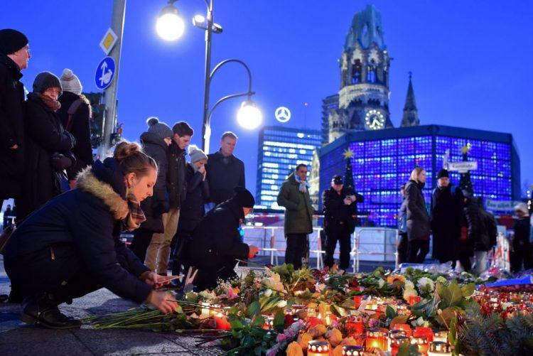 Alegado autor do atentado em Berlim jurou lealdade ao grupo extremista Estado Islâmico