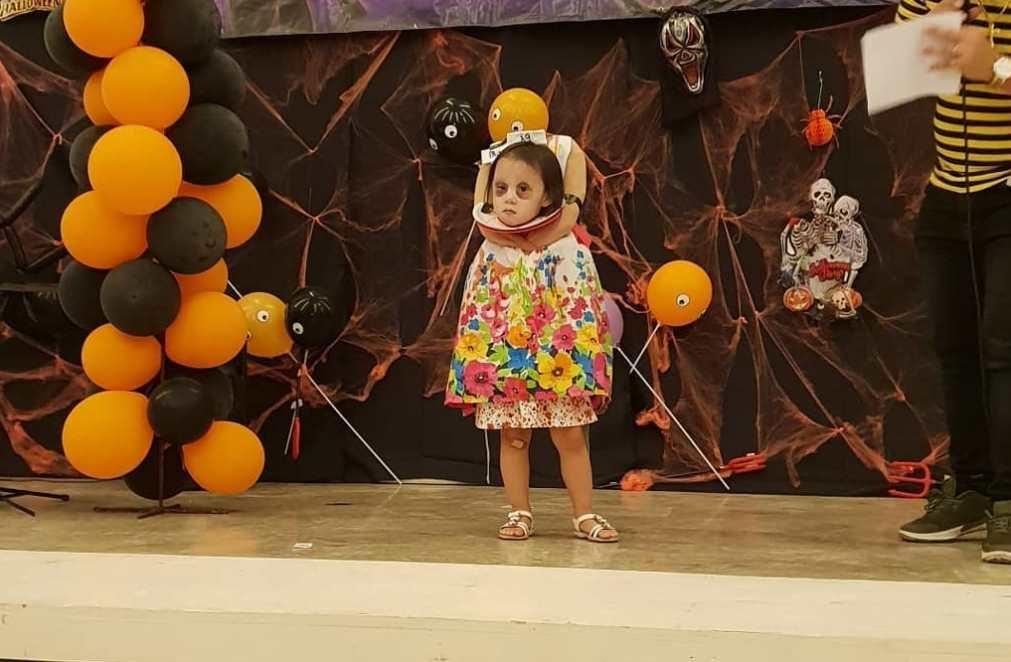 Caso real: Criança pede aos pais para se vestir de menina decapitada no Halloween [vídeo]