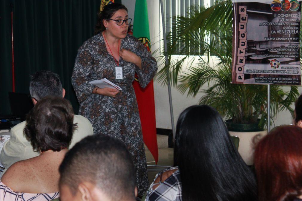 Número de alunos e resiliência de professores de português surpreende positivamente docente em Espanha